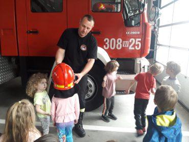 Wycieczka do jednostki Straży Pożarnej